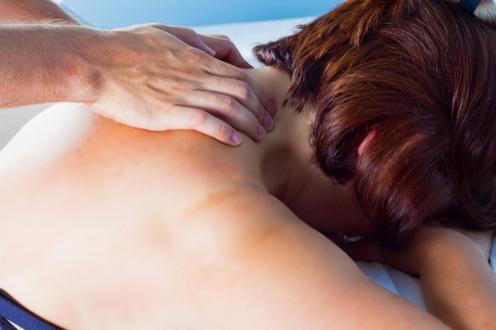 Osteopatia cervicale trattamenti e benefici