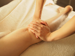 terapia manuale gambe gonfie
